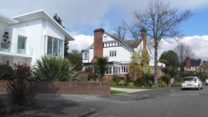 houses in weybridge